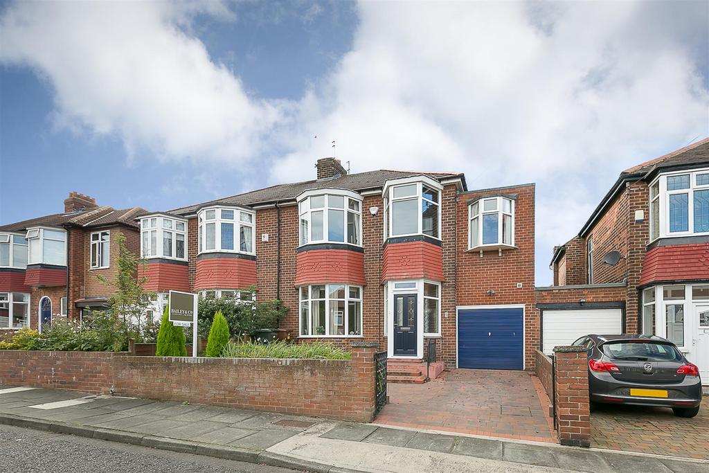 4 Bedrooms Semi Detached House for sale in Hawthorn Gardens, Kenton, Newcastle upon Tyne