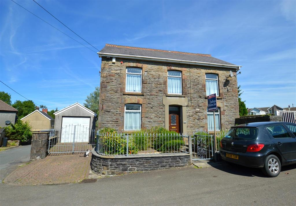 4 Bedrooms Detached House for sale in Gwaun Cae Gurwen