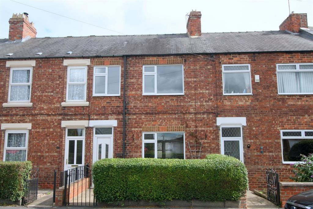 3 Bedrooms Terraced House for sale in Station Terrace, Middleton St. George, Darlington