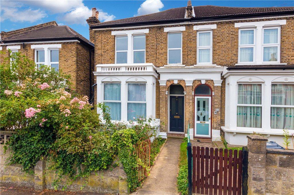 2 Bedrooms Flat for sale in Wolfington Road, West Norwood, London, SE27