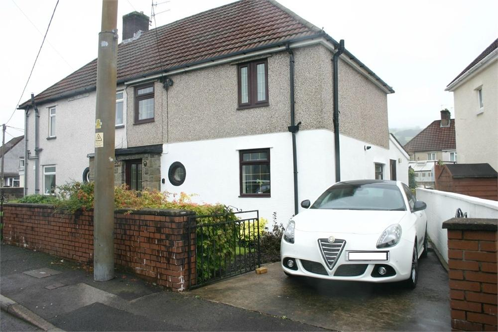3 Bedrooms Semi Detached House for sale in Cypress Street, Rhydyfelin, Pontypridd, RCT