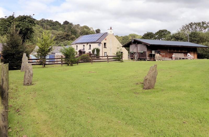 3 Bedrooms Land Commercial for sale in Wern Newydd Farm , Penrhiwllan, Llandysul, Ceredigion. SA44 5NT