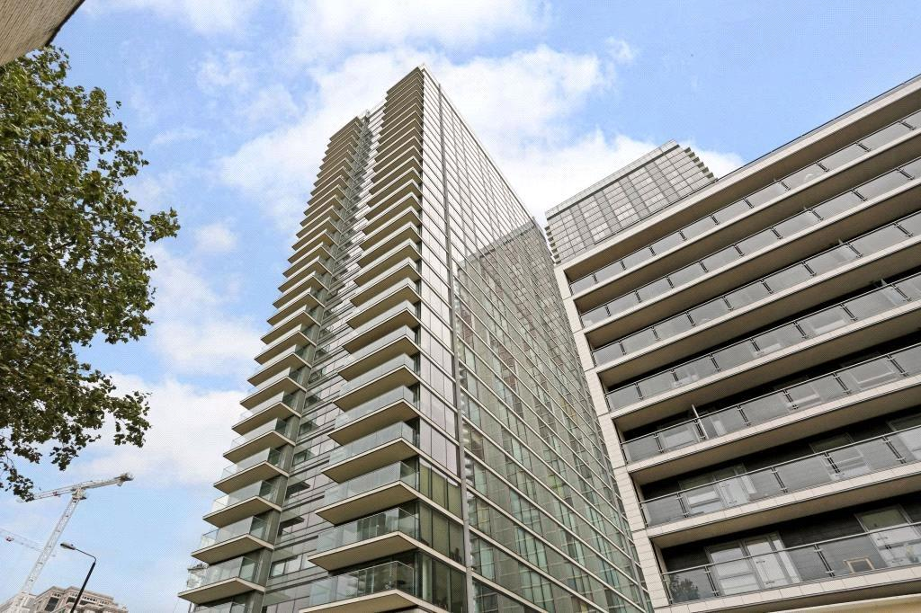 3 Bedrooms Flat for sale in Landmark West Tower, 22 Marsh Wall, Canary Wharf, London, E14