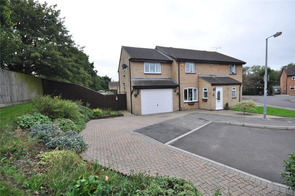 4 Bedrooms Semi Detached House for sale in Partridge Close, Covingham, Swindon, SN3