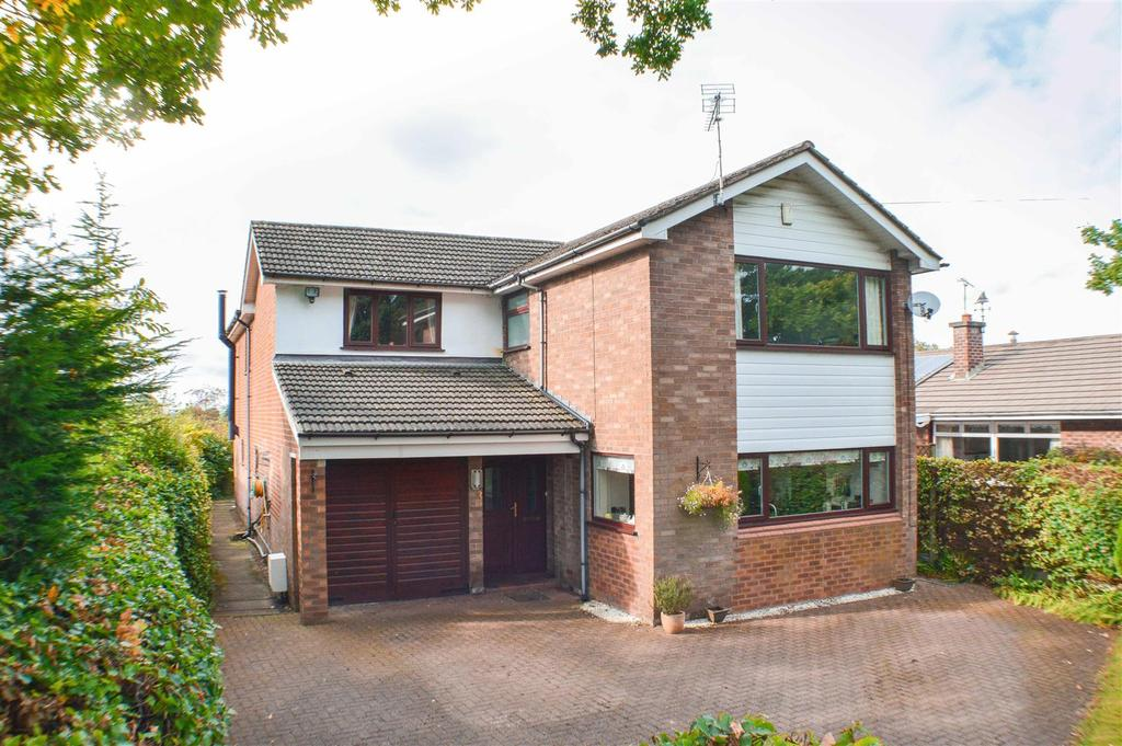 5 Bedrooms Detached House for sale in Orchard House, Lach Dennis