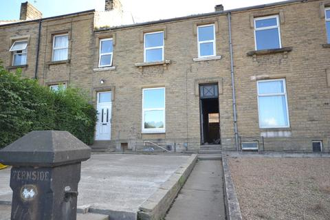 6 bedroom terraced house to rent - Somerset Road, Huddersfield