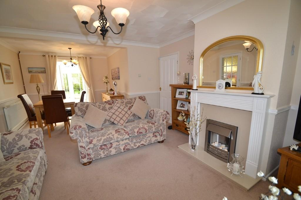 3 Bedrooms Semi Detached Bungalow for sale in Langham