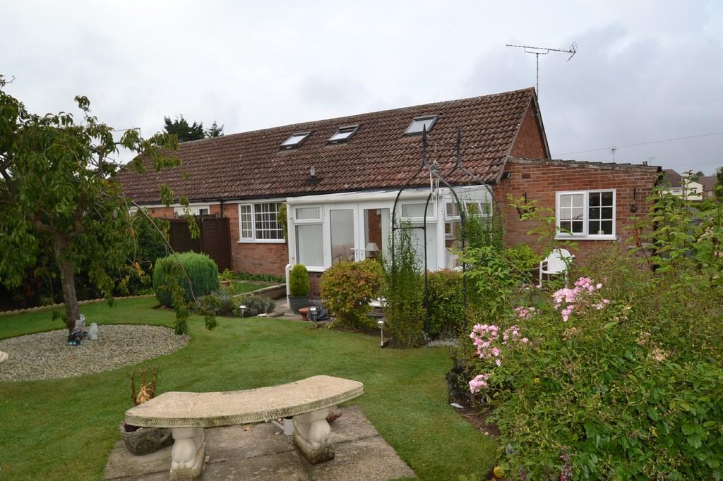 3 Bedrooms Semi Detached Bungalow for sale in Langham, Holt