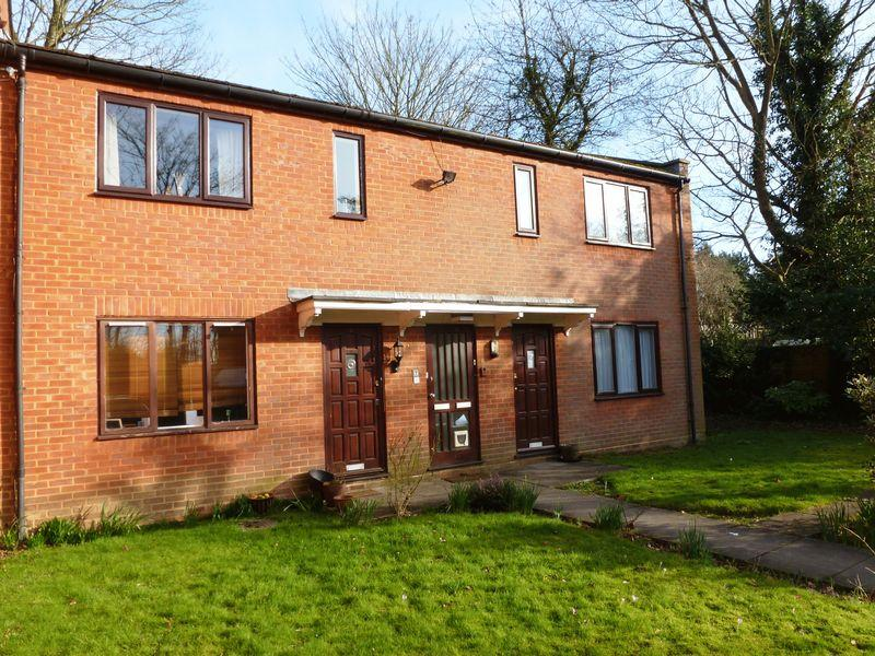 1 Bedroom Flat for sale in Crawley Road, Horsham