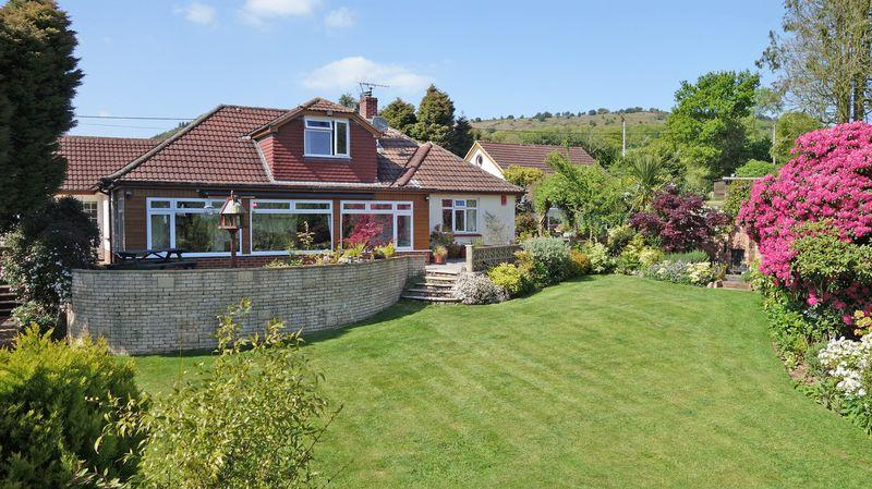 3 Bedrooms Detached Bungalow for sale in Fire Beacon Lane, Sidmouth