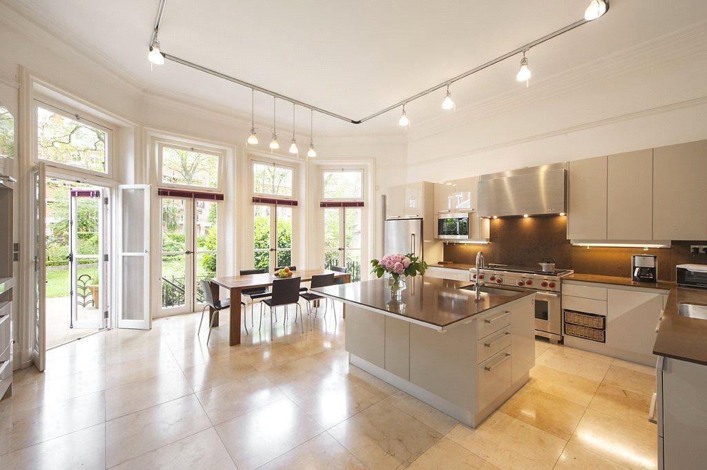 6 Bedrooms Terraced House for sale in Bramham Gardens, South Kensington, London, SW5