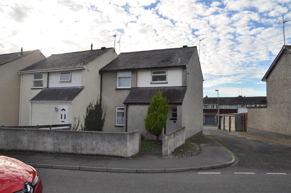 3 Bedrooms House for sale in Bro Tudur, Llangefni