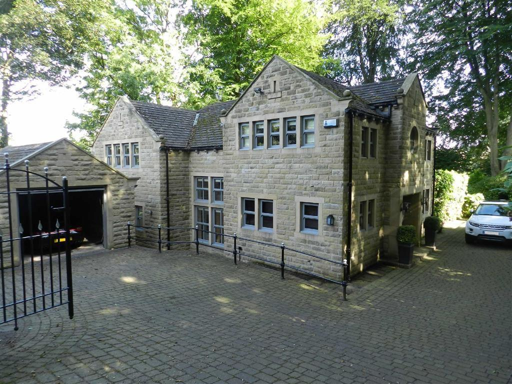 4 Bedrooms Detached House for sale in Green Cliff, Honley, Holmfirth, HD9