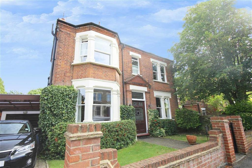 4 Bedrooms Detached House for sale in Hadley Road, New Barnet, Hertfordshire