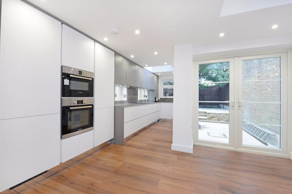 4 Bedrooms Terraced House for sale in Felix Road W13