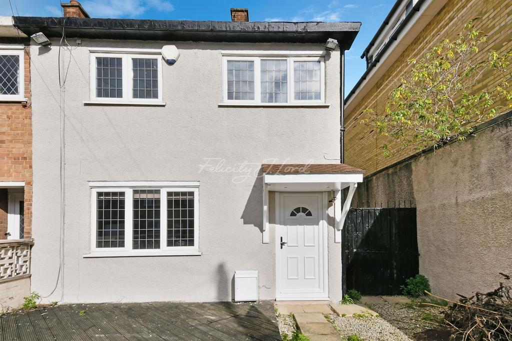 3 Bedrooms End Of Terrace House for sale in Carlile Close, E3