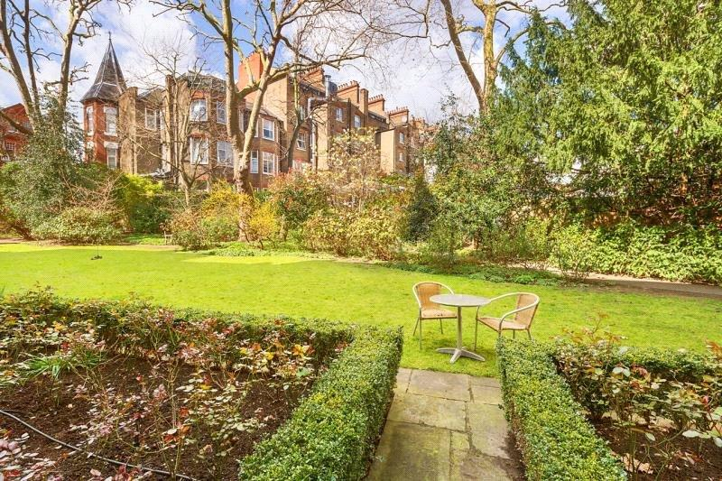 2 Bedrooms Flat for sale in Evelyn Gardens, South Kensington, London, SW7