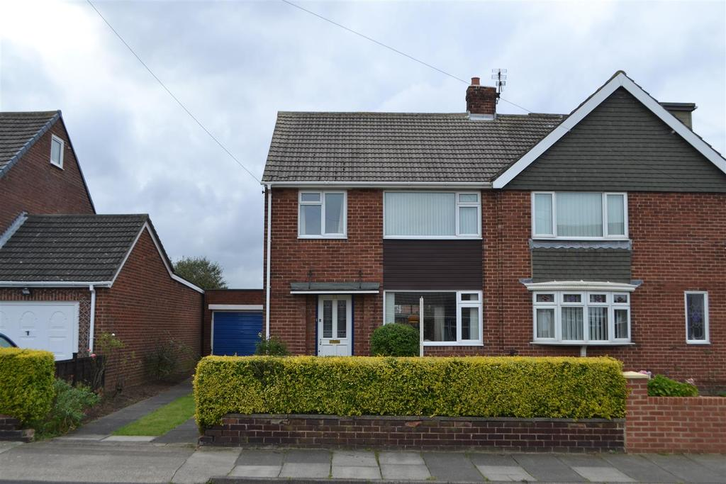 3 Bedrooms Semi Detached House for sale in Warwick Drive, Sunderland