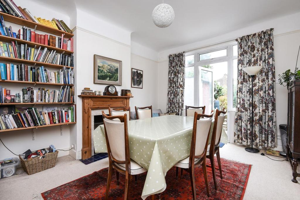 4 Bedrooms Semi Detached House for sale in Eastmearn Road, West Dulwich, SE21