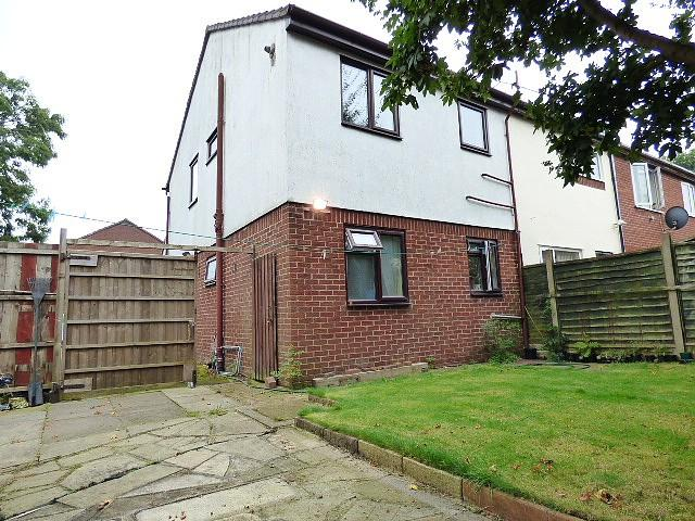 1 Bedroom Flat for sale in Charnwood Close, Gorse Covert, Warrington