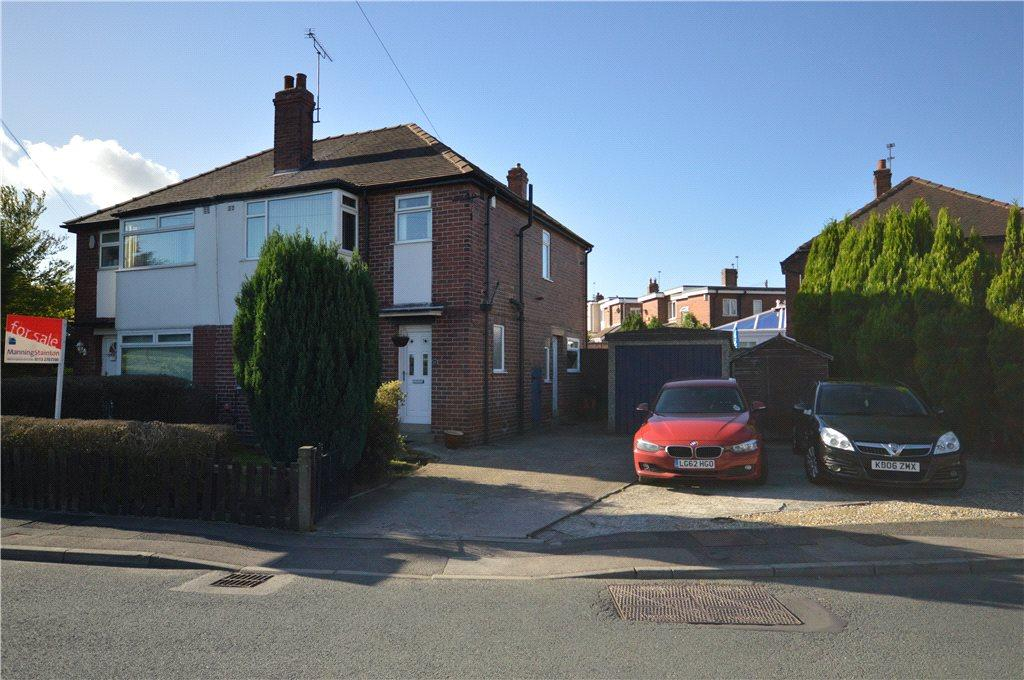 3 Bedrooms Semi Detached House for sale in Parkwood Road, Leeds