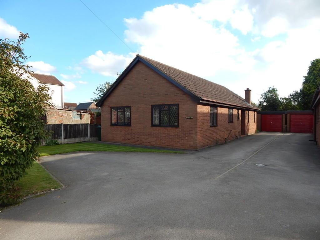 3 Bedrooms Detached Bungalow for sale in Main Street, Hatfield Woodhouse