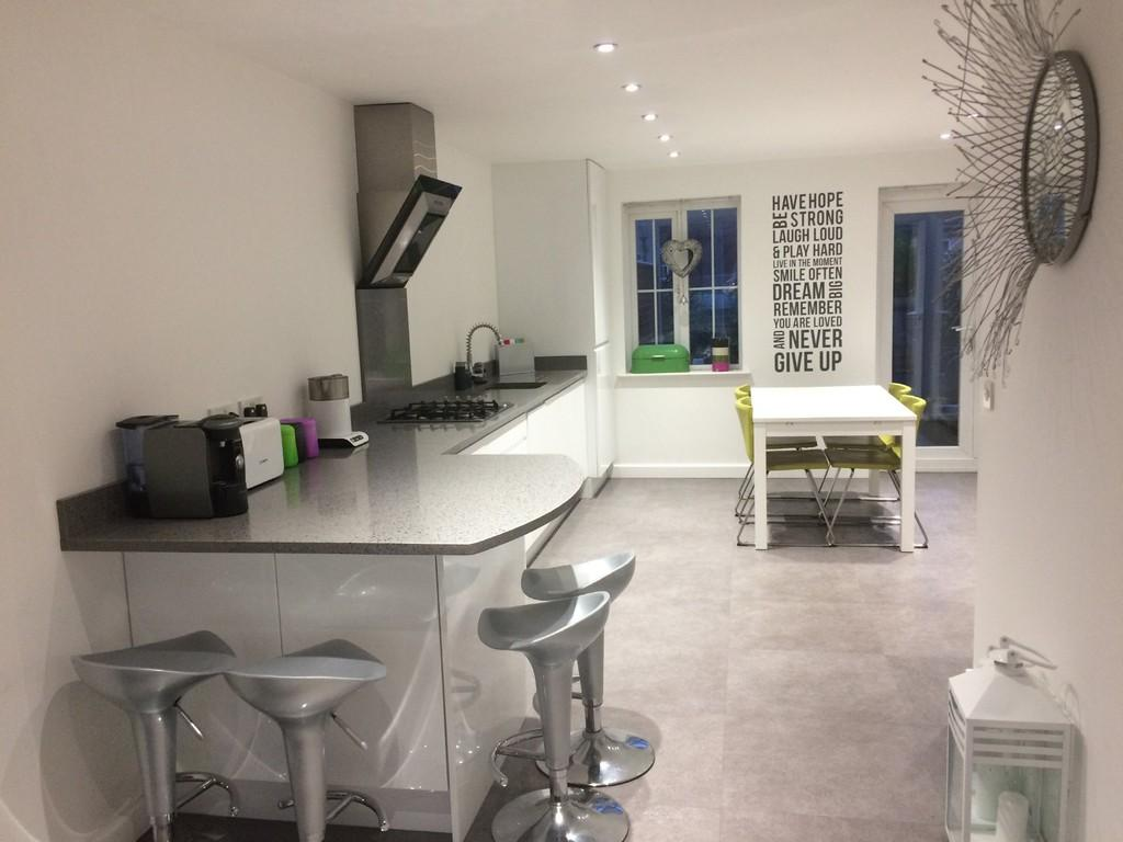 4 Bedrooms Town House for sale in Ealand Street, Rolleston on Dove