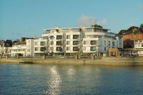 2 bedroom apartment to rent - The Parade, Cowes, Isle Of Wight