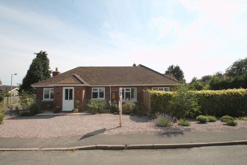 4 Bedrooms Detached Bungalow for sale in Horsepit Lane, Pinchbeck