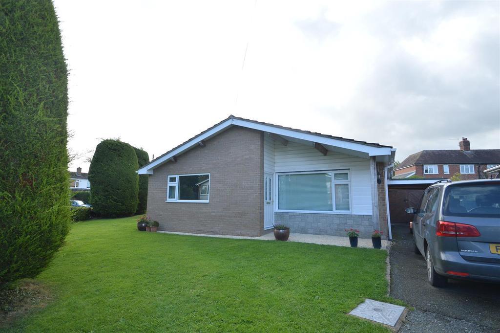 4 Bedrooms Detached House for sale in 5 Brookside Gardens, Yockleton SY5 9PR