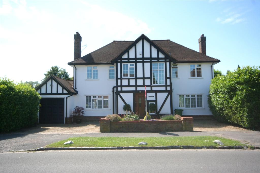 4 Bedrooms Detached House for sale in Priory Road, Chalfont St Peter, Buckinghamshire