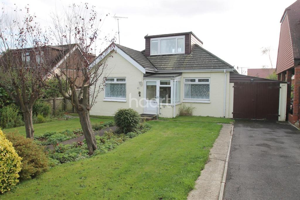 3 Bedrooms Bungalow for sale in Drift Road, Clanfield