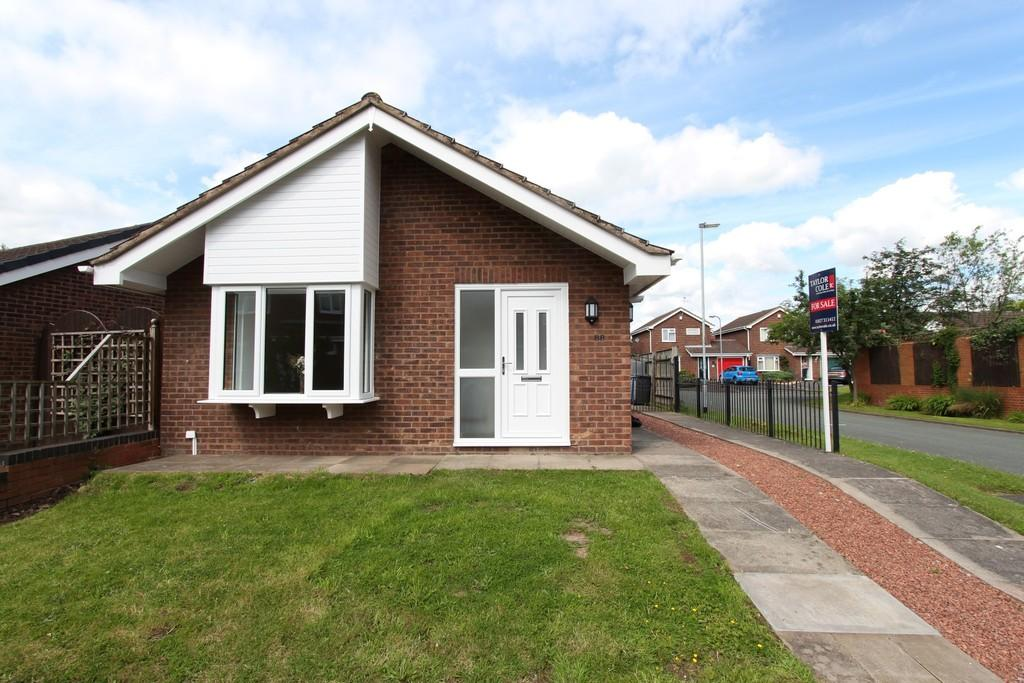 2 Bedrooms Detached Bungalow for sale in Houting, Dosthill, B77 1PB