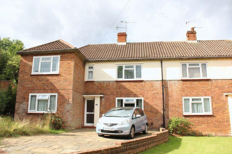 2 Bedrooms Apartment Flat for sale in Rydal Close, Purley, Surrey