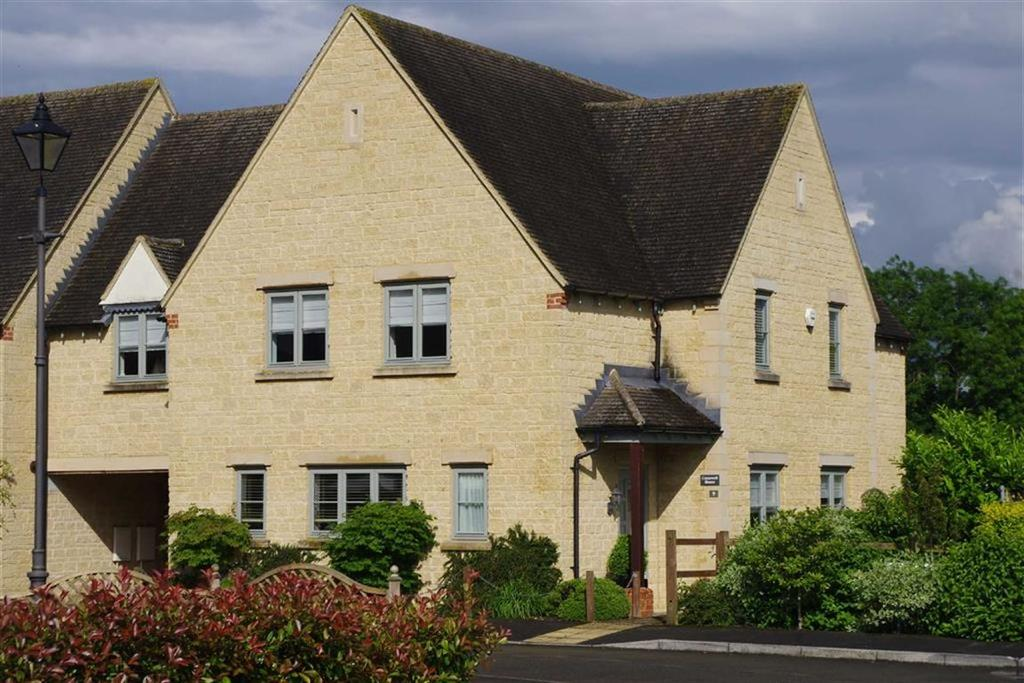 4 Bedrooms Link Detached House for sale in Copins Court, Bourton-on-the-Water, Gloucestershire