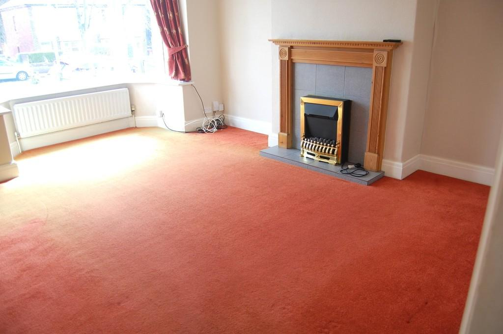 2 Bedrooms Semi Detached House for rent in St. Marks Place, Witton, Blackburn