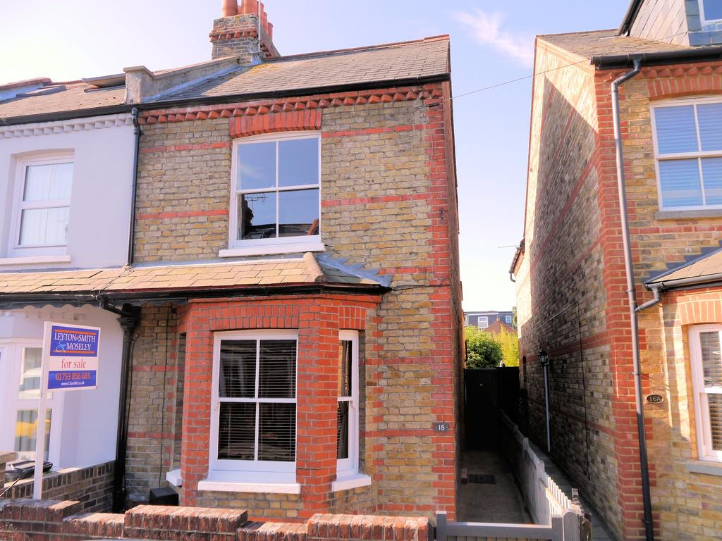 2 Bedrooms End Of Terrace House for sale in Victor Road, Windsor SL4