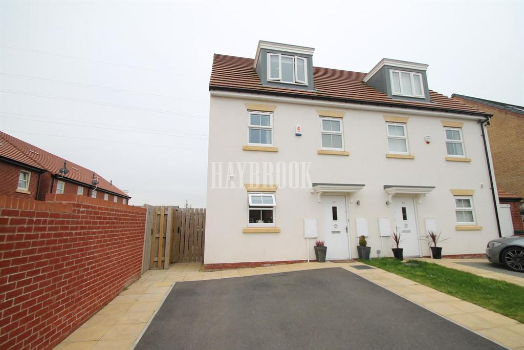 3 Bedrooms Semi Detached House for sale in Kingsbrook Chase, Wath-upon-dearne