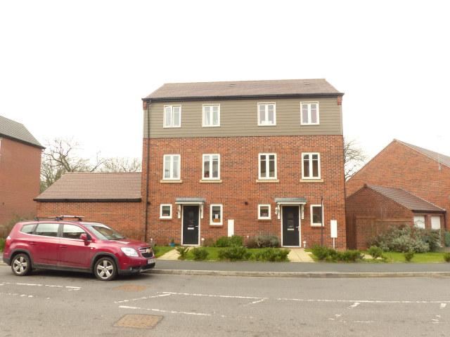 3 Bedrooms Semi Detached House for sale in Horseshoe Crescent,Great Barr,Birmingham