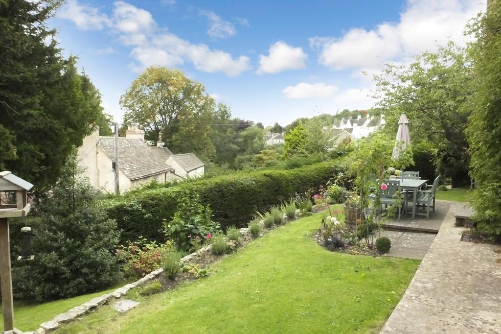 3 Bedrooms Detached House for sale in Avening