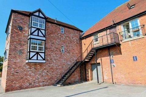 2 bedroom apartment to rent - Kensington Court, Nantwich