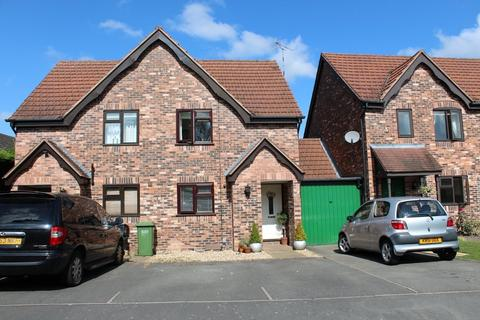 2 bedroom semi-detached house to rent - Hertford Way, Knowle, Solihull