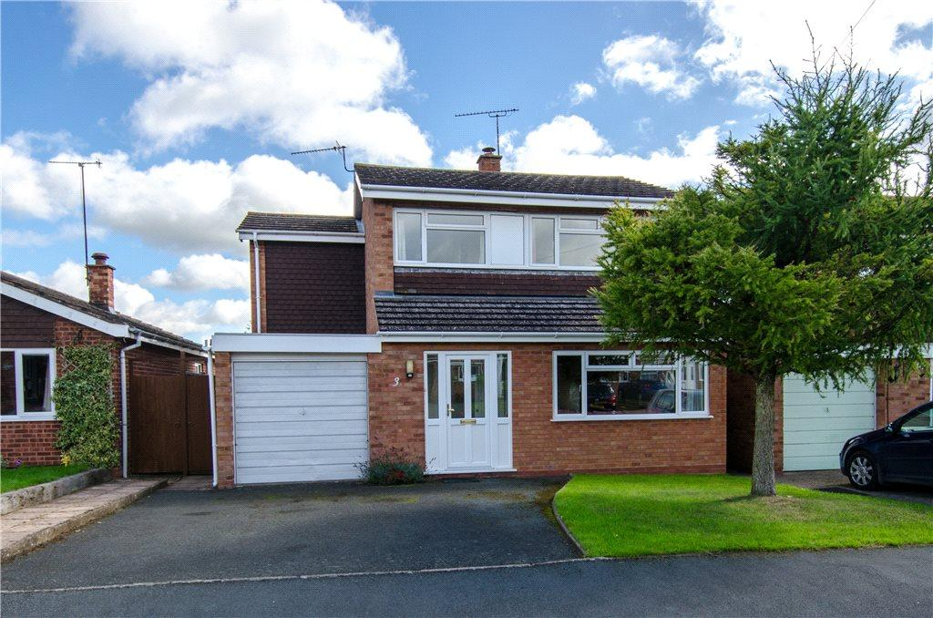 4 Bedrooms Detached House for sale in Bramley Close, Crowle, Worcester, Worcestershire, WR7