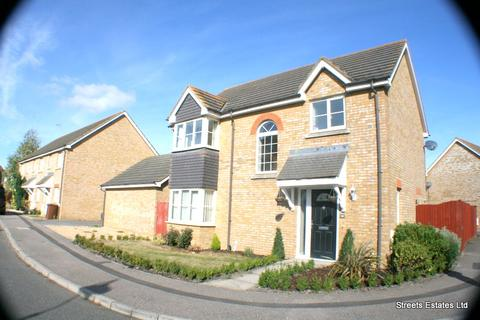 3 bedroom detached house to rent - Stangate Drive, Iwade
