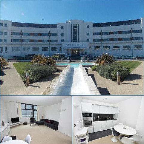 2 bedroom flat to rent - Longridge Avenue, Saltdean, Brighton, East Sussex