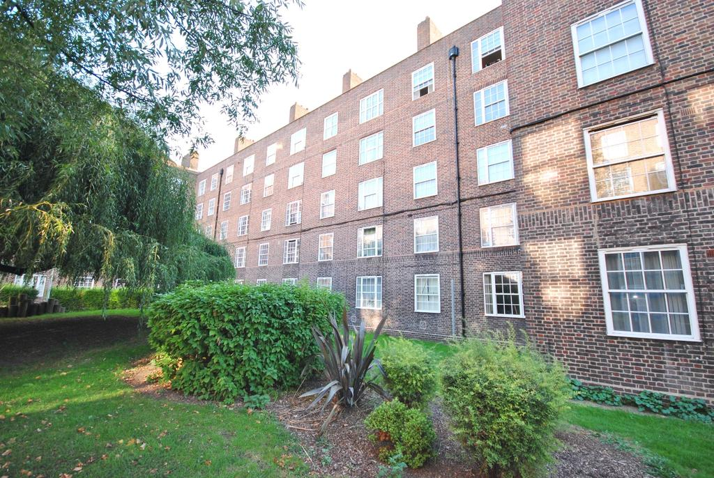 2 Bedrooms Flat for sale in Frazier Street London SE1