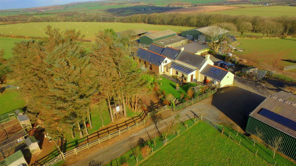 6 Bedrooms Land Commercial for sale in Welsh Hook