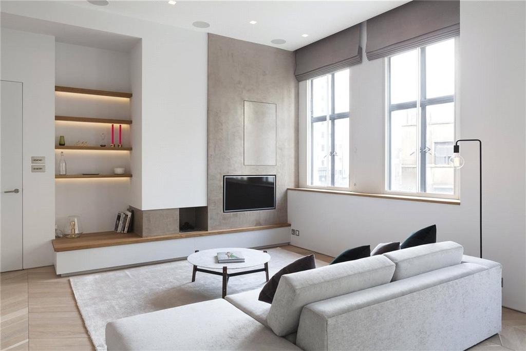 2 Bedrooms Flat for sale in Chiltern Court, Baker Street, Marylebone, London, NW1