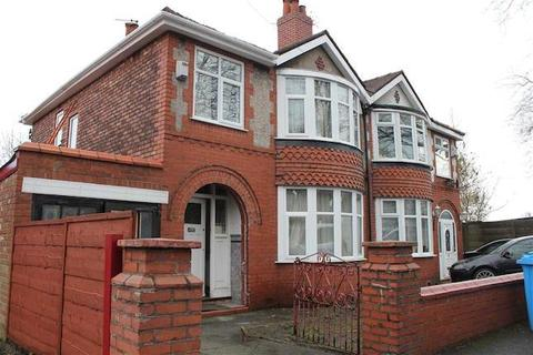 3 bedroom semi-detached house to rent - Lytham Rd, Fallowfield, Manchester M14