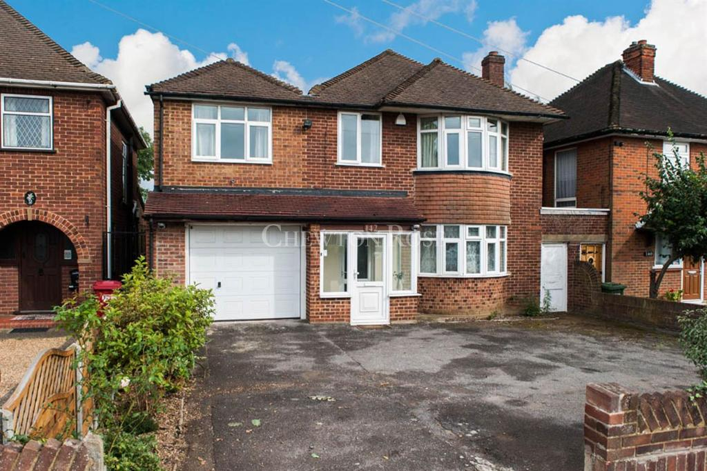 5 Bedrooms Detached House for sale in Burnham, Berkshire